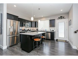 """Photo 6: 21071 79A Avenue in Langley: Willoughby Heights House for sale in """"YORKSON SOUTH"""" : MLS®# F1409492"""
