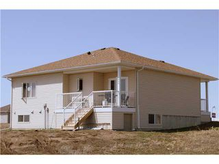 Photo 15: 2020 31st Avenue: Nanton Residential Detached Single Family for sale : MLS®# C3614315