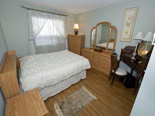"""Photo 11: 308 4768 53RD Street in Ladner: Delta Manor Condo for sale in """"SUNNINGDALE IV"""" : MLS®# V1096503"""