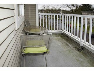 "Photo 10: 303 2588 ALDER Street in Vancouver: Fairview VW Condo for sale in ""BOLLERT PLACE"" (Vancouver West)  : MLS®# V1101808"