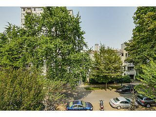 "Photo 15: 410 1500 PENDRELL Street in Vancouver: West End VW Condo for sale in ""PENDRELL MEWS"" (Vancouver West)  : MLS®# V1134010"