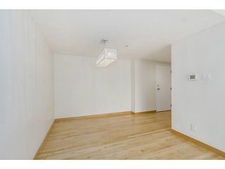 """Photo 3: 410 1500 PENDRELL Street in Vancouver: West End VW Condo for sale in """"PENDRELL MEWS"""" (Vancouver West)  : MLS®# V1134010"""