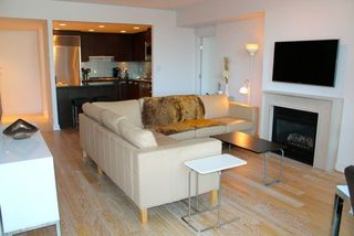 "Photo 4: 201 1616 BAYSHORE Drive in Vancouver: Coal Harbour Condo for sale in ""BAYSHORE GARDENS"" (Vancouver West)  : MLS®# R2010526"