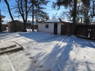 Photo 3: 404 Greene Avenue in WINNIPEG: East Kildonan Residential for sale (North East Winnipeg)  : MLS®# 1530054