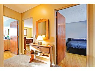 Photo 10: 5924 LEWIS Drive SW in Calgary: Lakeview House for sale : MLS®# C4040273