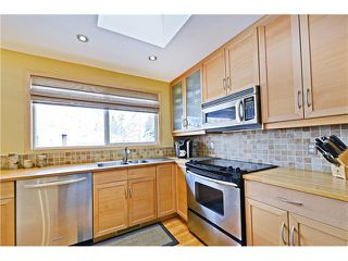Photo 4: 5924 LEWIS Drive SW in Calgary: Lakeview House for sale : MLS®# C4040273