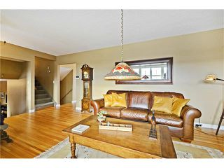 Photo 8: 5924 LEWIS Drive SW in Calgary: Lakeview House for sale : MLS®# C4040273
