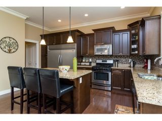 Photo 7: 21082 83B Avenue in Langley: Willoughby Heights House for sale : MLS®# R2038203