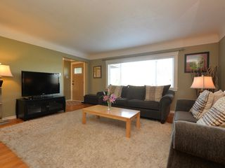 Photo 3: 2969 Austin Ave in VICTORIA: SW Gorge House for sale (Saanich West)  : MLS®# 724943