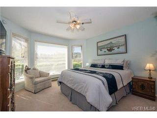 Photo 12: 201 3009 Brittany Dr in VICTORIA: La Jacklin Condo for sale (Langford)  : MLS®# 728405