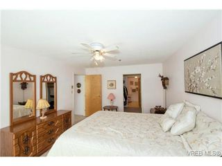 Photo 11: 201 3009 Brittany Dr in VICTORIA: La Jacklin Condo for sale (Langford)  : MLS®# 728405