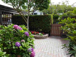 "Photo 2: 14 11291 7TH Avenue in Richmond: Steveston Village Townhouse for sale in ""MARINERS VILLAGE"" : MLS®# R2091671"