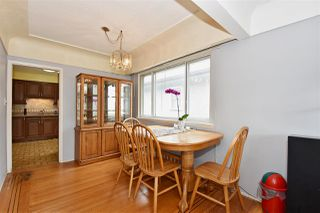Photo 5: 3323 NAPIER Street in Vancouver: Renfrew VE House for sale (Vancouver East)  : MLS®# R2109951