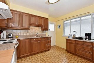 Photo 7: 3323 NAPIER Street in Vancouver: Renfrew VE House for sale (Vancouver East)  : MLS®# R2109951