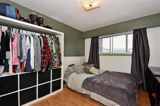 Photo 9: 3323 NAPIER Street in Vancouver: Renfrew VE House for sale (Vancouver East)  : MLS®# R2109951