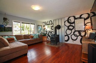 Photo 2: 7577 TAYLOR Road: Pemberton House for sale : MLS®# R2134838