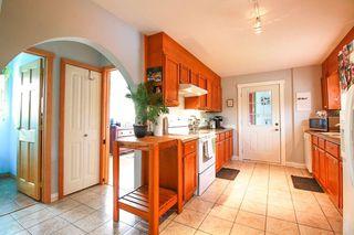 Photo 3: 7577 TAYLOR Road: Pemberton House for sale : MLS®# R2134838
