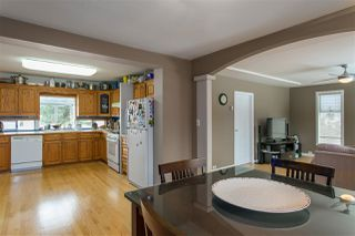 Photo 4: 1530 COMO LAKE Avenue in Coquitlam: Central Coquitlam House for sale : MLS®# R2138414