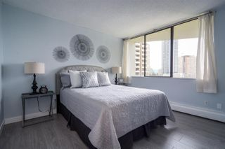 """Photo 6: 902 4300 MAYBERRY Street in Burnaby: Metrotown Condo for sale in """"TIME SQUARES"""" (Burnaby South)  : MLS®# R2151858"""