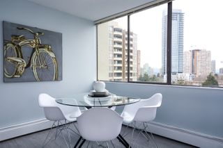 """Photo 5: 902 4300 MAYBERRY Street in Burnaby: Metrotown Condo for sale in """"TIME SQUARES"""" (Burnaby South)  : MLS®# R2151858"""