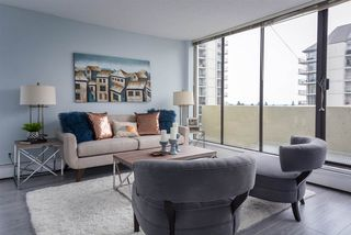 """Photo 1: 902 4300 MAYBERRY Street in Burnaby: Metrotown Condo for sale in """"TIME SQUARES"""" (Burnaby South)  : MLS®# R2151858"""