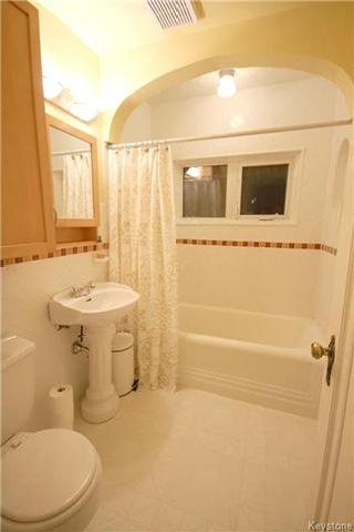 Photo 8: 355 Oak Street in Winnipeg: River Heights North Residential for sale (1C)  : MLS®# 1708504