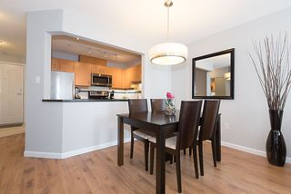 "Photo 3: 211 108 W ESPLANADE Avenue in North Vancouver: Lower Lonsdale Condo for sale in ""TRADEWINDS"" : MLS®# R2158923"