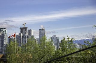 Photo 16: 101 1315 W 7TH Avenue in Vancouver: Fairview VW Condo for sale (Vancouver West)  : MLS®# R2162340