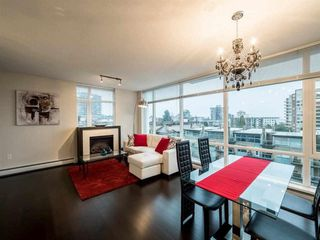 Photo 4: 501 1320 CHESTERFIELD Avenue in North Vancouver: Central Lonsdale Condo for sale : MLS®# R2163922