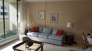 "Photo 3: 906 4300 MAYBERRY Street in Burnaby: Metrotown Condo for sale in ""Times Square"" (Burnaby South)  : MLS®# R2164756"