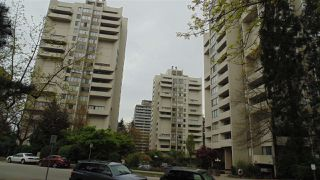 "Photo 1: 906 4300 MAYBERRY Street in Burnaby: Metrotown Condo for sale in ""Times Square"" (Burnaby South)  : MLS®# R2164756"