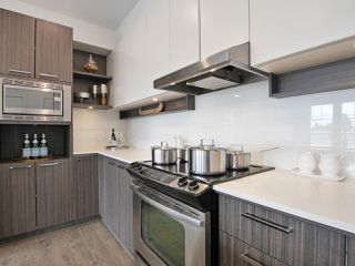 """Photo 9: 401 555 FOSTER Avenue in Coquitlam: Coquitlam West Condo for sale in """"The FOSTER by Mosaic"""" : MLS®# R2179948"""