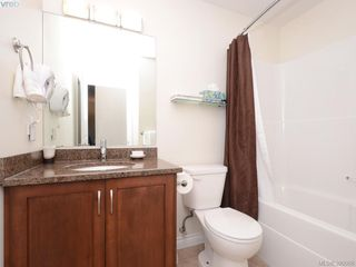 Photo 3: 205 9751 Fourth St in SIDNEY: Si Sidney South-East Condo for sale (Sidney)  : MLS®# 763525