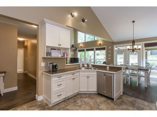 Photo 6: 8465 BRADSHAW PLACE in Chilliwack: Eastern Hillsides House for sale : MLS®# R2177262