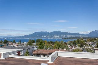 "Photo 3: 503 2120 W 2ND Avenue in Vancouver: Kitsilano Condo for sale in ""ARBUTUS PLACE"" (Vancouver West)  : MLS®# R2201527"