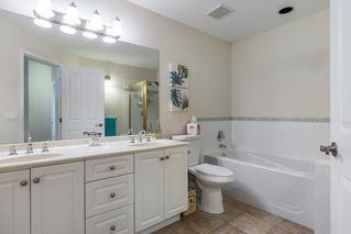 """Photo 11: 13 16888 80 Avenue in Surrey: Fleetwood Tynehead Townhouse for sale in """"Stonecroft"""" : MLS®# R2208468"""