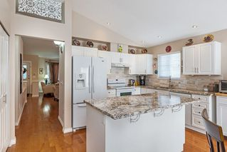 """Photo 5: 13 16888 80 Avenue in Surrey: Fleetwood Tynehead Townhouse for sale in """"Stonecroft"""" : MLS®# R2208468"""