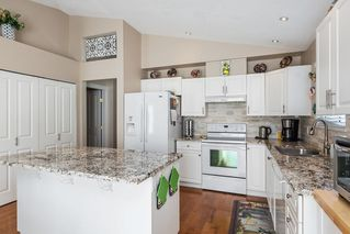"""Photo 6: 13 16888 80 Avenue in Surrey: Fleetwood Tynehead Townhouse for sale in """"Stonecroft"""" : MLS®# R2208468"""