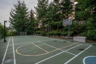"""Photo 18: 571 CLEARWATER Way in Coquitlam: Coquitlam East House for sale in """"River Heights"""" : MLS®# R2215291"""