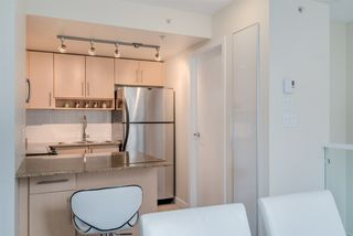 "Photo 9: TH 15 550 TAYLOR Street in Vancouver: Downtown VW Condo for sale in ""The Taylor"" (Vancouver West)  : MLS®# R2219638"