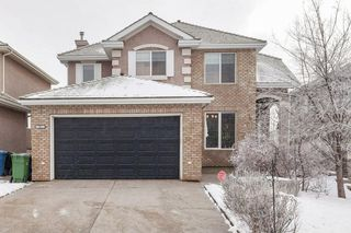 Photo 2: 57 ROYAL RIDGE Hill(S) NW in Calgary: Royal Oak House for sale : MLS®# C4145854