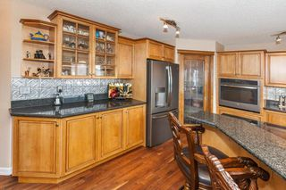 Photo 13: 57 ROYAL RIDGE Hill(S) NW in Calgary: Royal Oak House for sale : MLS®# C4145854