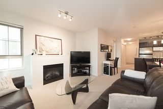 """Photo 3: 204 2088 BETA Avenue in Burnaby: Brentwood Park Condo for sale in """"MEMENTO"""" (Burnaby North)  : MLS®# R2223254"""