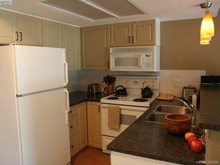 Photo 7: 1207 930 Yates St in VICTORIA: Vi Downtown Condo Apartment for sale (Victoria)  : MLS®# 777401