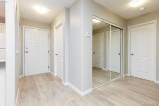 Photo 2: 208 400 Dupplin Rd in VICTORIA: SW Rudd Park Condo Apartment for sale (Saanich West)  : MLS®# 779251