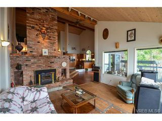 Photo 16: 6700 Mark Lane in : CS Willis Point Residential for sale (Central Saanich)  : MLS®# 349274