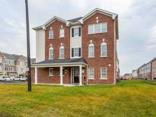 Photo 3: 8 Quillberry Close in Brampton: Northwest Brampton House (3-Storey) for sale : MLS®# W4055942