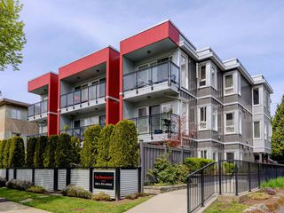 Photo 1: 101 659 E 8TH AVENUE in Vancouver: Mount Pleasant VE Condo for sale (Vancouver East)  : MLS®# R2262284