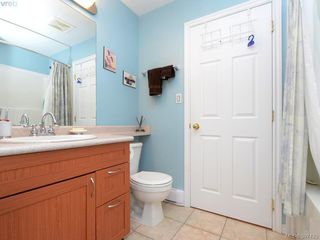 Photo 14: 1 2711 Jacklin Rd in VICTORIA: La Langford Proper Row/Townhouse for sale (Langford)  : MLS®# 794950