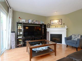 Photo 4: 1 2711 Jacklin Rd in VICTORIA: La Langford Proper Row/Townhouse for sale (Langford)  : MLS®# 794950